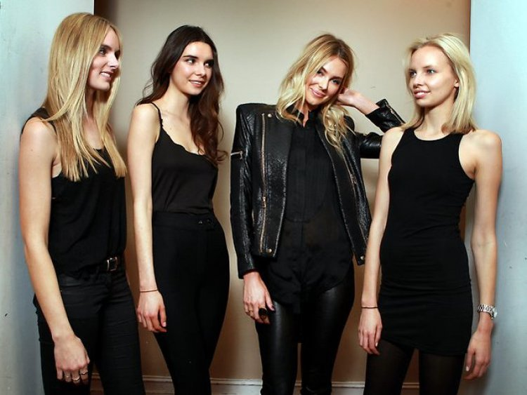 Кастинг девушки при приеме на работу работа моделью в кириллов