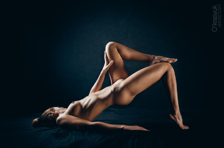 Artistic nude wife