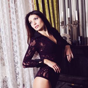 Katya Agueyeva picture