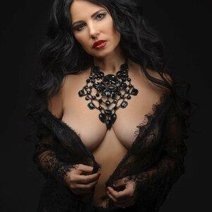 Anzhelika Marinchenko picture