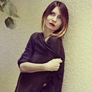 Alina Dark picture