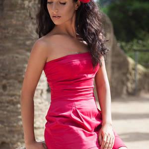 Фотодевушка модель для рекламы одежды киев модельный бизнес голицыно