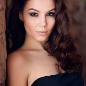 Арина Колесникова