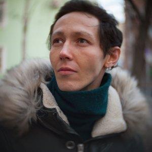Дамир Давлатов
