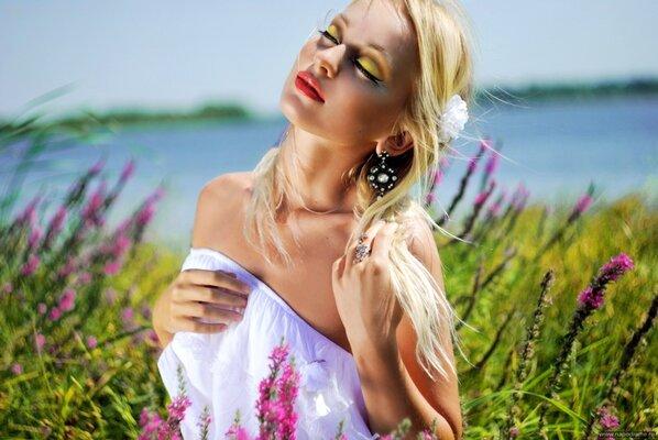 Анна кузнецова модель найти работу в москве 16 лет девушке