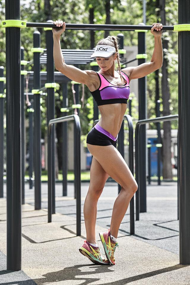 Физический фитнес, Мышцы, Ноги, Спортсмен, Нижнее белье, Отдых, Обувь, Стронгвумен, Спорт
