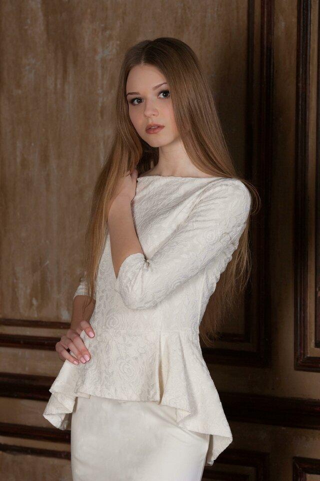 Белый, Одежда, Плечо, Платье, Леди, Красота, Модели мода , Мода, Длинные волосы, Талия