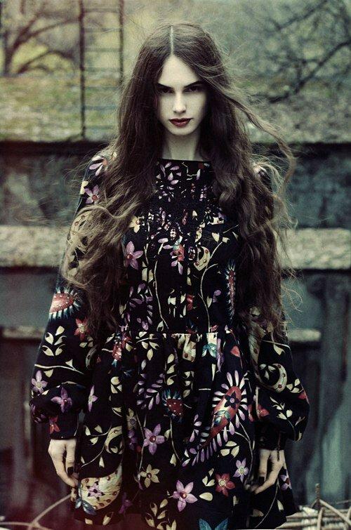 Найти работу моделью одежды высокооплачиваемая работа в москве для девушек с проживанием