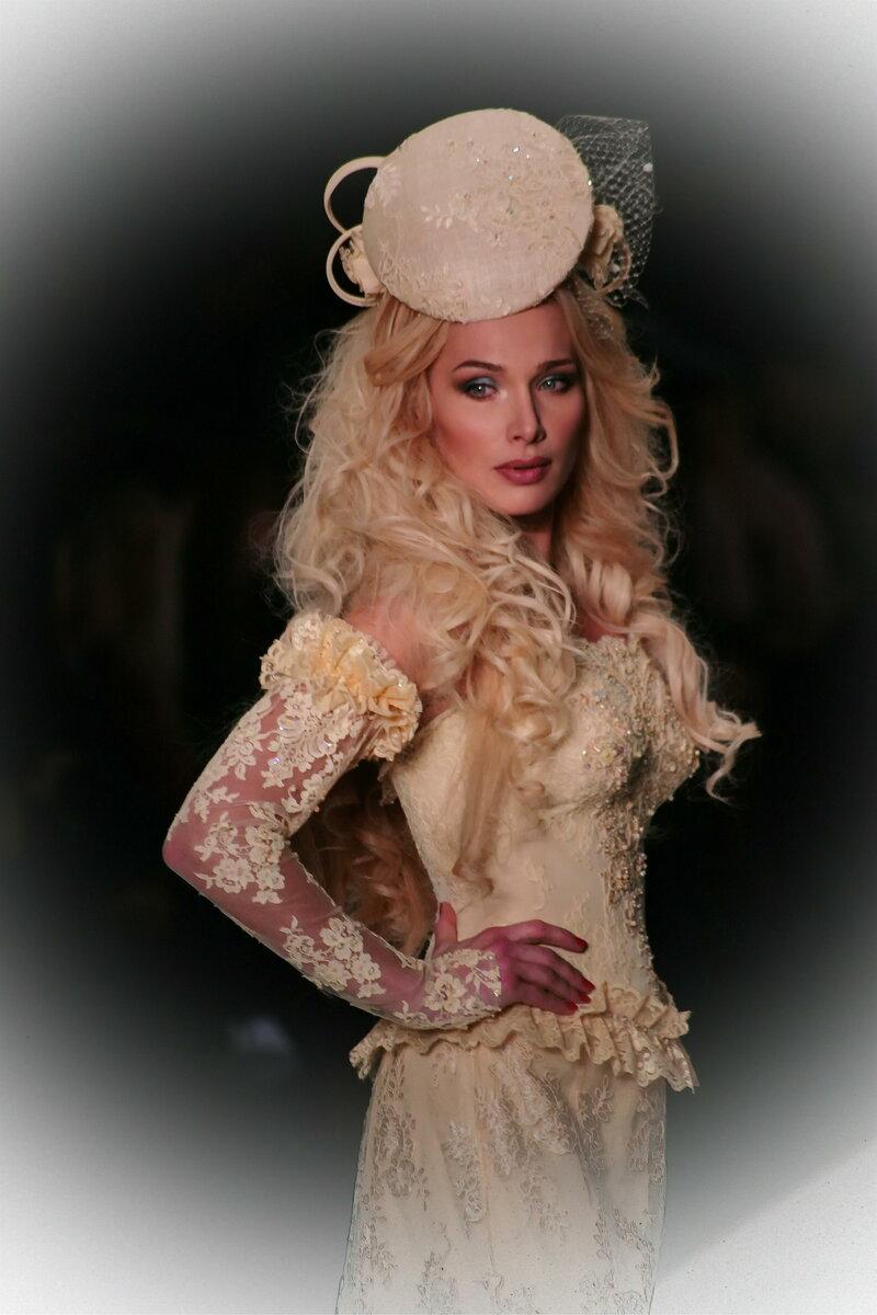 Розовый, Леди, Кукла, Красота, Мода, Блондинка, Прическа, Головной убор, Длинные волосы