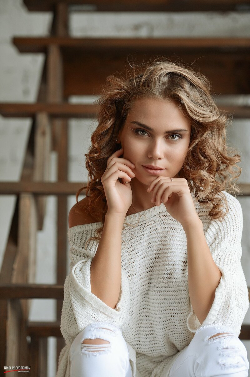 Красота, Прическа, Леди, Модель, Длинные волосы, Модели мода , Губы, Каштановые волосы