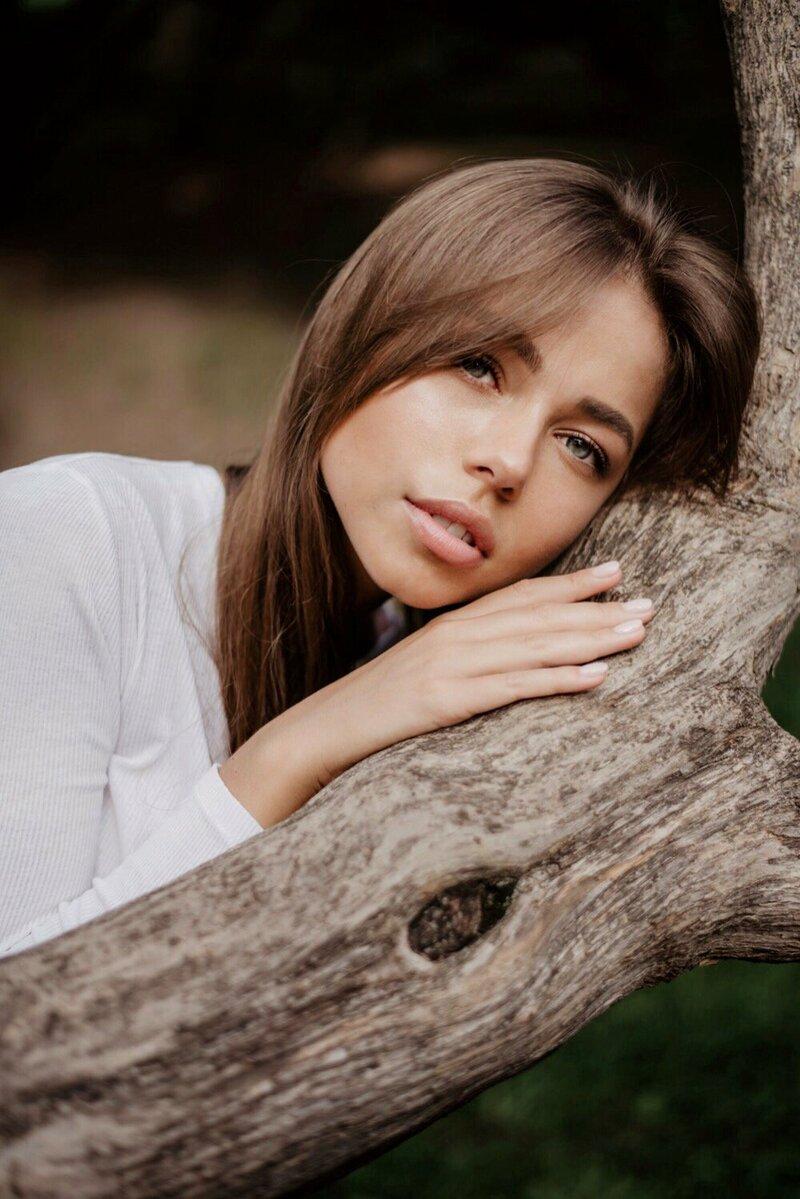 Люди на природе, Лицо, Красота, Дерево, Леди, Прическа, Губы, Глаз