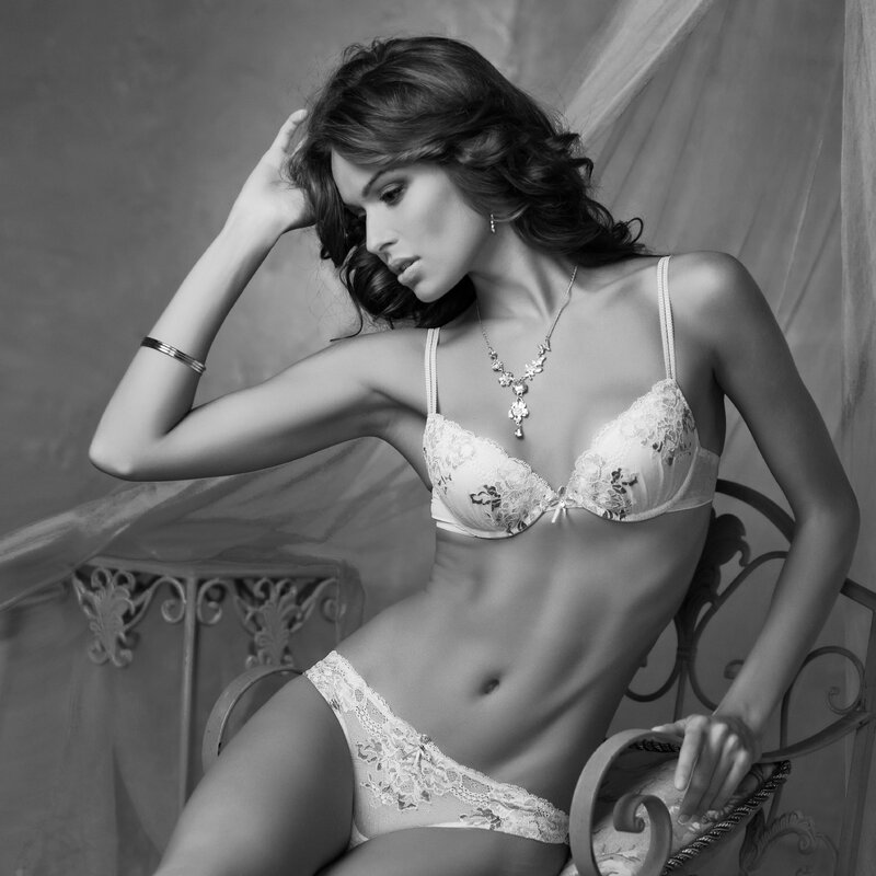 Нижнее белье, Бюстгалтер, Одежда, Нижнее белье, Модель, Красота, Agent provocateur
